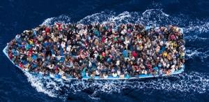 Un navire de migrants clandestins